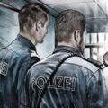 Client Arbeit Polizei 2757 1092 800 Kornel Illustration | Kornel Stadler